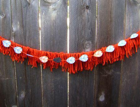 Yarn garland 3