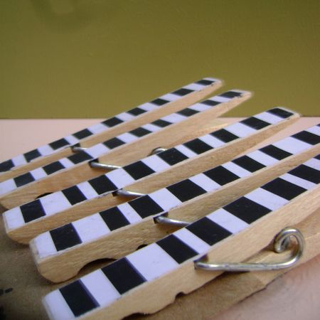 Clothespins_striped_2